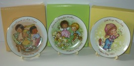 VINTAGE MOTHERS DAY COLLECTOR PLATES Lot AVON 1982 1983 1984 with Boxes ... - $23.33