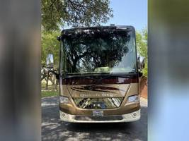 2014 NEWMAR DUTCH STAR 4038 FOR SALE IN Spring Branch, TX 78070 image 2