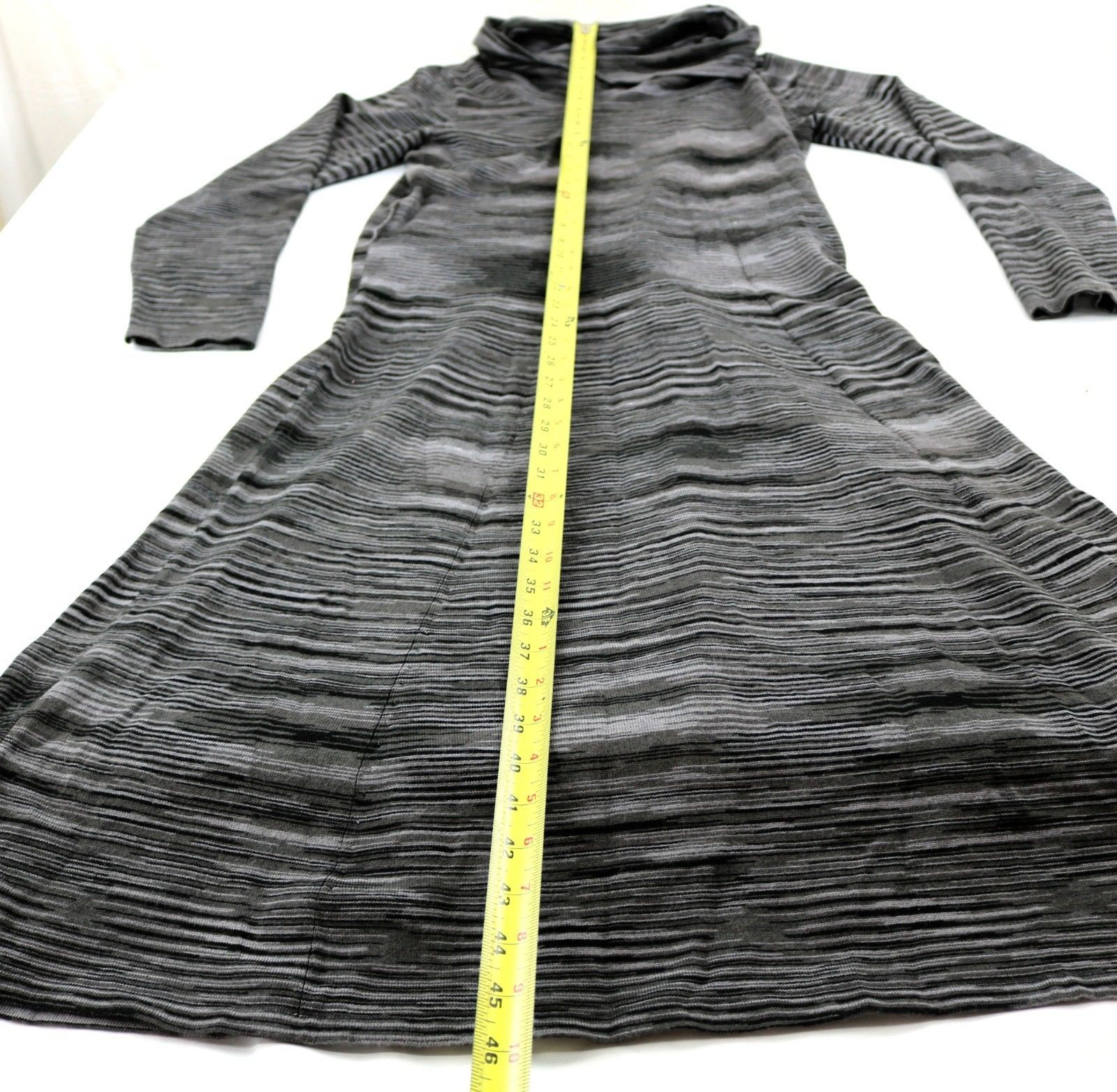 R&K Originals sz M Cowl Neck Sweater Dress Full Skirt Black White Variegated image 4