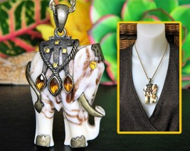 Vintage Indian Elephant Pendant Ornate Marbled Brass Trim Figural - $24.95