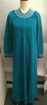 Women Vanity Fair Teal  Petite Robe M/L 1/2 Zip Full Length House Coat - $28.70