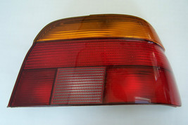 bmw 5 series e39 passenger side rear taillight lens only used original - $79.98