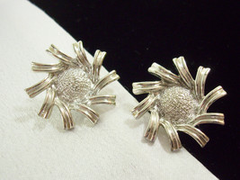 Vintage Coro Sunflower Spikey Swirl Silver Plate Clip on Earrings Estate... - $14.36