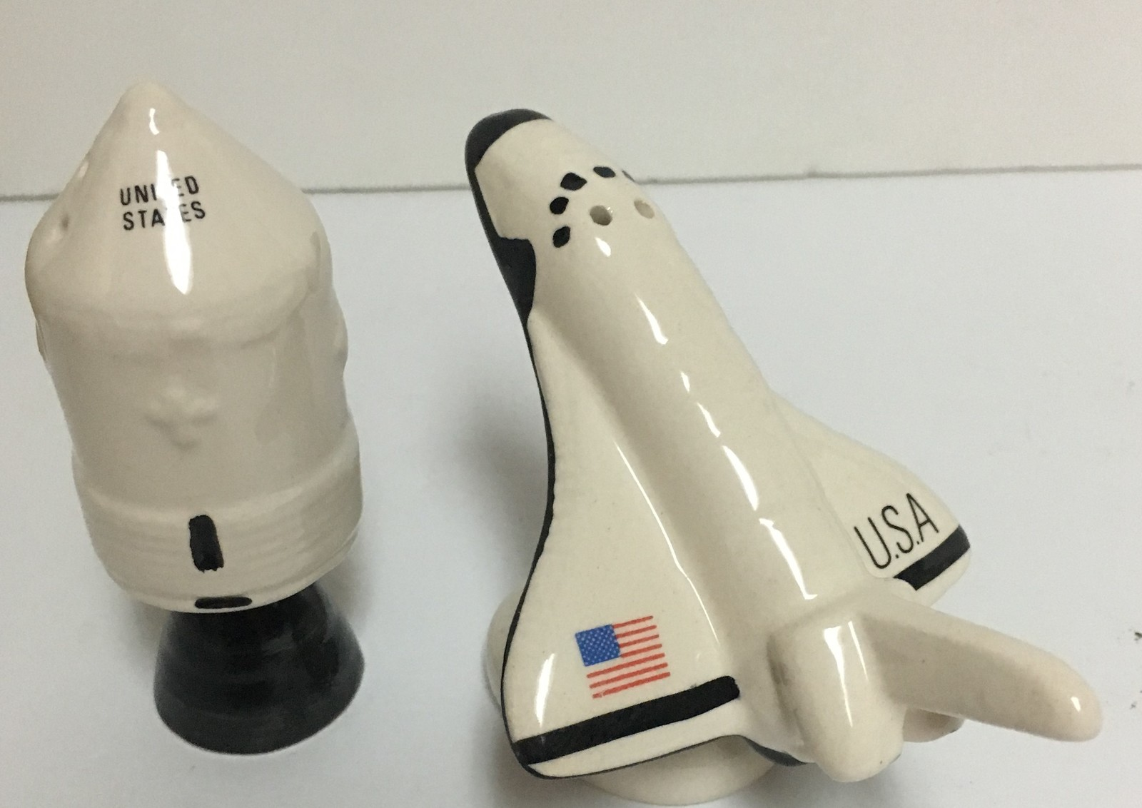 Space Shuttle & Capsule Collectibles Salt & Pepper Shakers