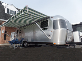 2017 Airstream Tommy Bahama For Sale in Macon, Georgia 31220 - $114,900.00