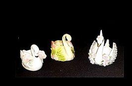 Swan Figurines AB 738  Vintage image 3