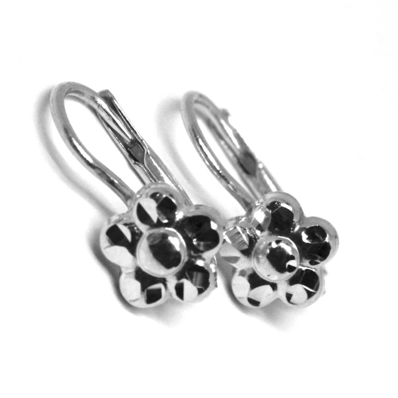 18K WHITE GOLD KIDS EARRINGS, FINELY HAMMERED FLOWER DAISY LEVERBACK CLOSURE