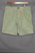 NEW Men's AE Flat Front Shorts Prep Fit Olive Green AEO 32 - $378,64 MXN