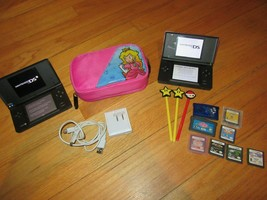 10O/NINTENDO Ds LOT/LITE/CASE/CHARGER/8 GAMES/3 STYLUS/WORK Great! - $89.05