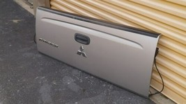 06-09 Mitsubishi Raider Tailgate Tail Gate Trunk Cover Lid image 2