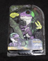 Fingerlings Untamed Raptor Dinosaur - RAZOR WowWee Green NEW Authentic - $19.99