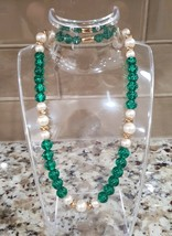 Vintage Green Faux Pearl Gold Plated Beaded One Strand Necklace - $4.00