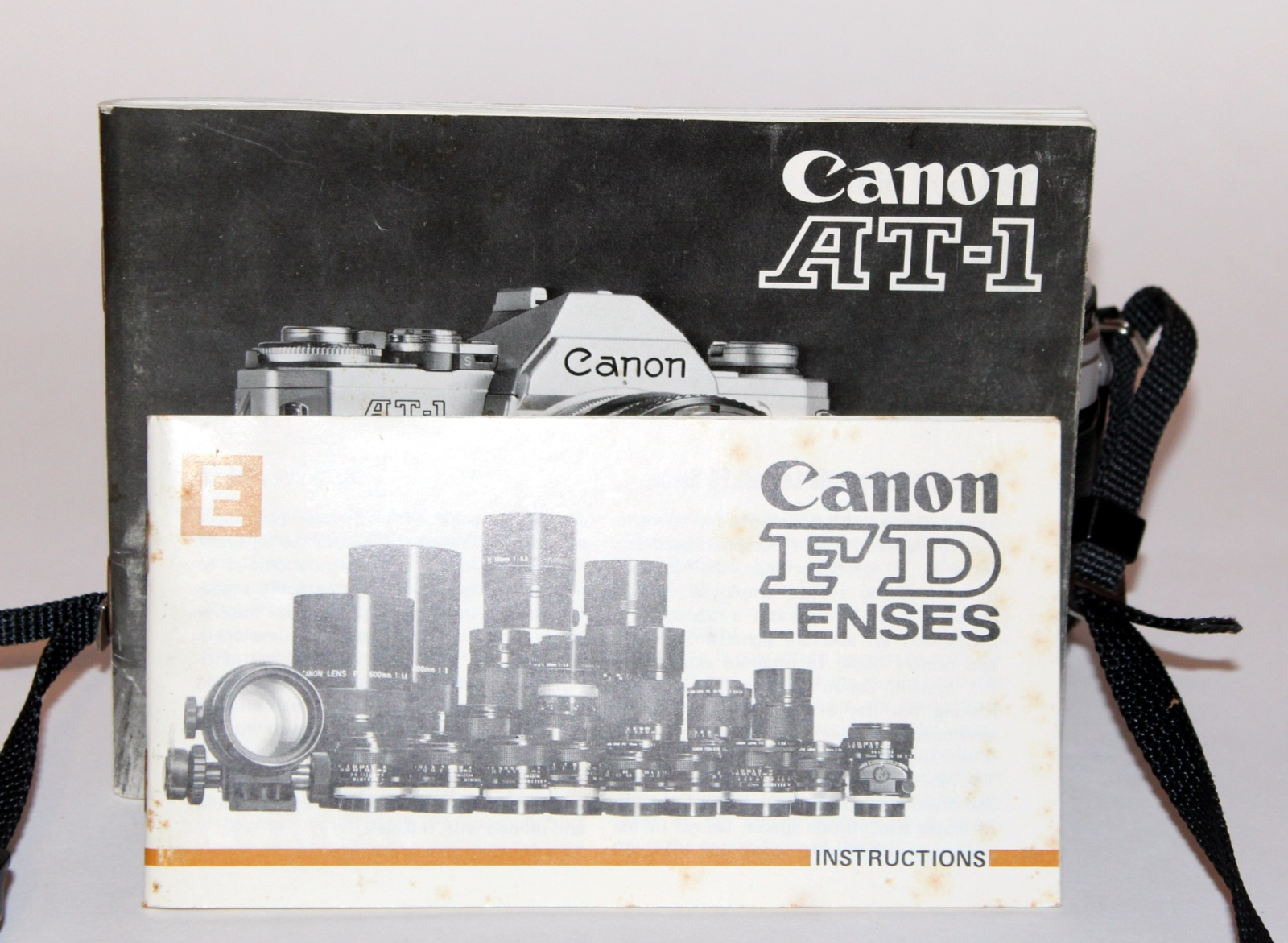 CANON AT-1 CAMERA WITH 50mm f/1.8 FD LENS & INSTRUCTION MANUAL