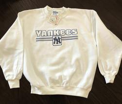 New York Yankees Sweatshirt Boys Size Small 6/8 - $12.82