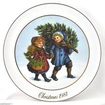 Avon Plate Christmas Memories 'Sharing the Christmas Spirit' 1981 w/Orig... - $7.50