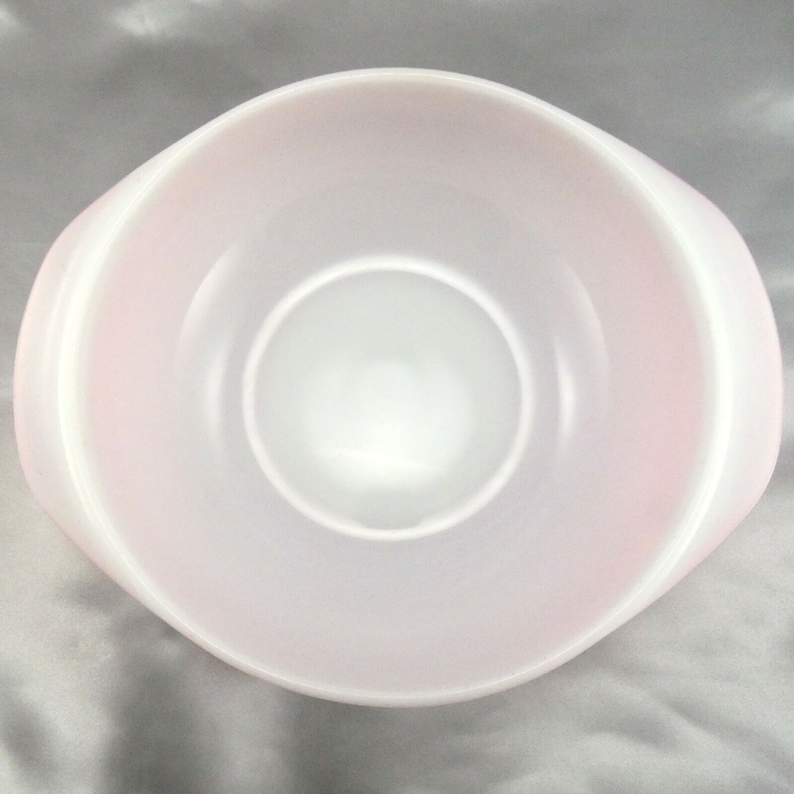 Pyrex 024 Pink Milk Glass Casserole Dish 2qt Serving Bowl ~ Made in the USA image 5