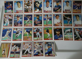 1991 Topps Minnesota Twins Team Set of 29 Baseball Cards - $7.00