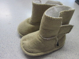 Gymboree Soft fleece lined boots SIZE 1 - $5.89