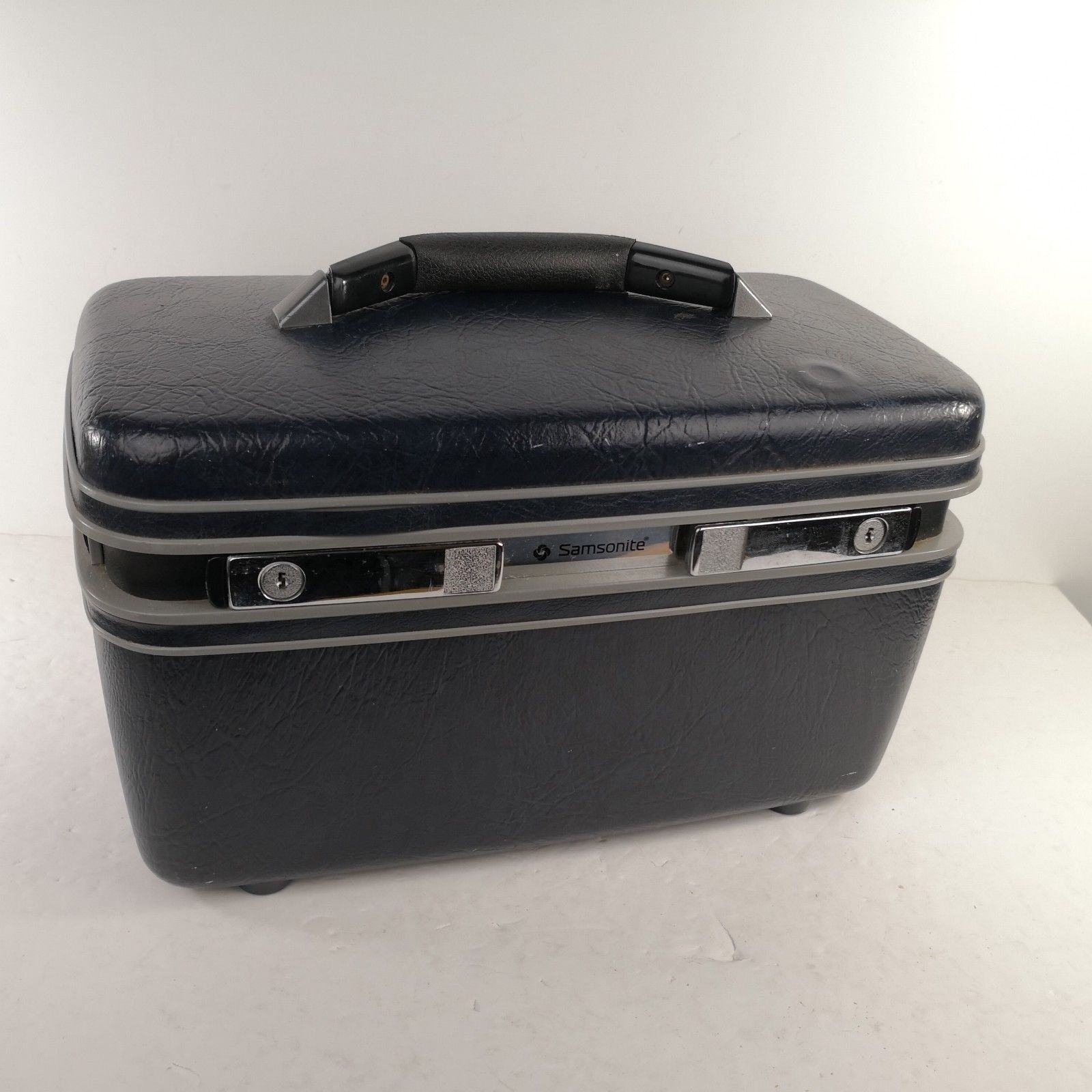 Vintage Dark Blue Samsonite Makeup Cosmetic Case Carry-On No Key Made In USA