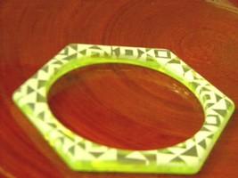 Greenish Yellow Lucite Bangle Bracelet Hexagon Vintage Bracelet - $20.38