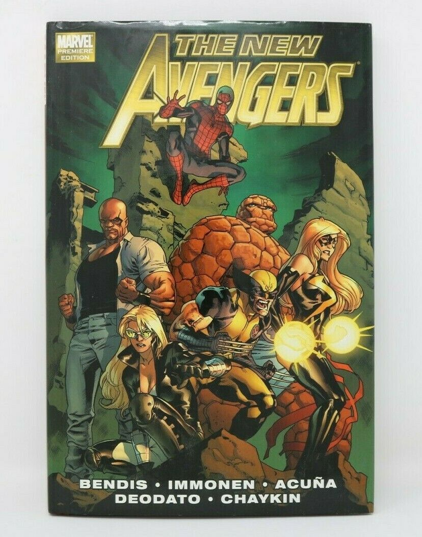 Marvel Premier Edition The New Avengers Book Comic Book VG/NM Clean