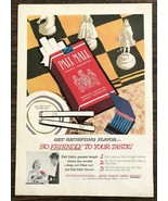 1958 Pall Mall Cigarettes Print Ad Great Chessboard and Ashtray Illustra... - $10.49