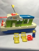 Vintage Fisher Price 1972 Little People Family  Houseboat  & Accessories - $27.64