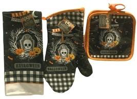 Spooktacular Halloween Kitchen Decor 2 Pot Holders 1 Oven Mitt 1 Towel - £11.51 GBP