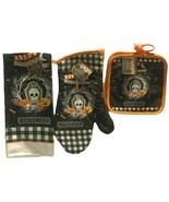 Spooktacular Halloween Kitchen Decor 2 Pot Holders 1 Oven Mitt 1 Towel - $15.83