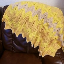 Handmade Crochet Afghan Throw Lap Blanket Zig Zag Ripple Pattern Chevron... - $20.00