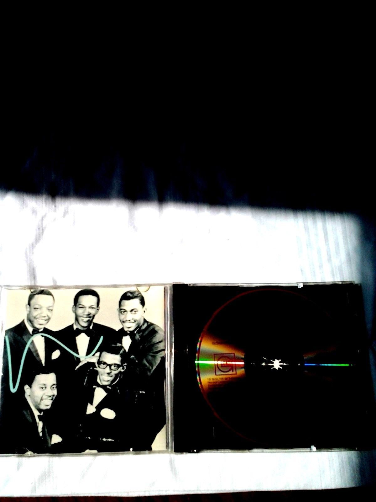 The Temptations – Compact Command Performances (17 Greatest Hits)