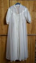 Vintage 60s Off White Nylon Bridal Gown Robe Peignoir Negligee Lace Flow... - $98.99