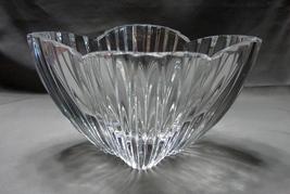 """Mikasa  7 1/2 """" (diagonal) 6 inch """"Lydia Tulip Dish"""" Stunning image 6"""