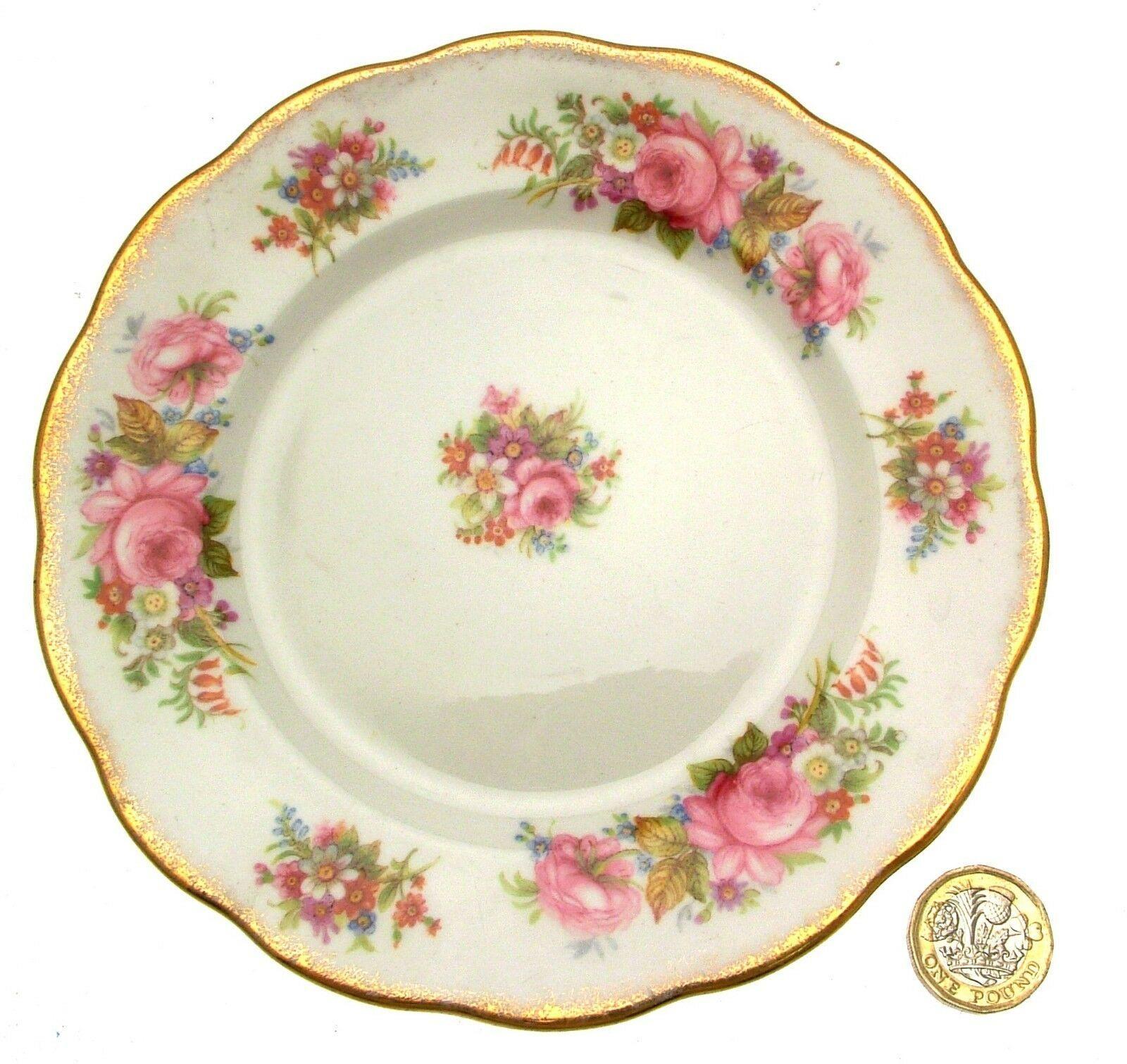 Royal Albert Chatsworth Plate 16 cms Roses Pattern