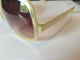 Brand New Authentic Oliver Peoples Sunglasses OV Talya IS Ivory Frame - $88.11