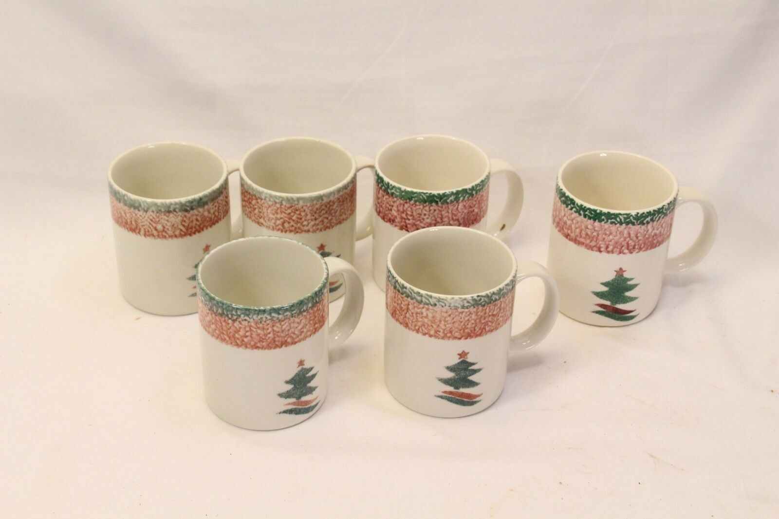 Primary image for Gibson Christmas Star Mugs Lot of 6