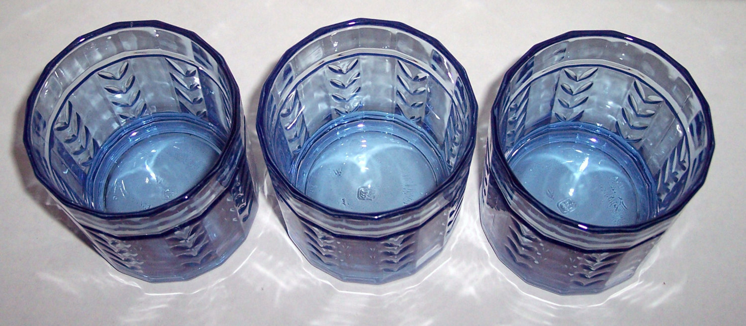 Vintage (3) Anchor Hocking Wheat Designed Blue Color Short Glass Tumblers