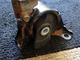 2001-2005 HONDA CIVIC TRANSMISSION ENGINE RUBBER MOUNT OEM 50805-S5A-A01 - $36.68