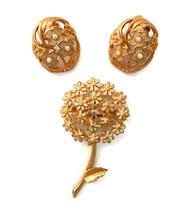Vintage Weiss daisy pin brooch coordinated enamel faux pearl pierced ear... - $15.79