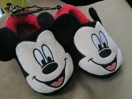 Toddler Boys/girls Black/Red Mickey Mouse Slipper size 7-8 New - $10.00