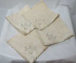 Vintage Lot of 4 Scalloped Off White Linens Cloth Table Napkins Bread Ba... - $29.37