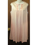 VTG JCPenneys Short Nylon Nightgown Size Medium Peach  - $12.99
