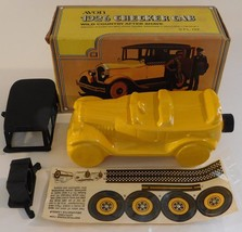 Avon 1926 Checkered Cab Auto Car Cologne Decanter Bottle in Box Yellow G... - $24.75