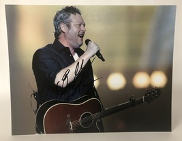 Blake Shelton Signed Autographed Glossy 11x14 Photo - COA Matching Holograms - $99.99