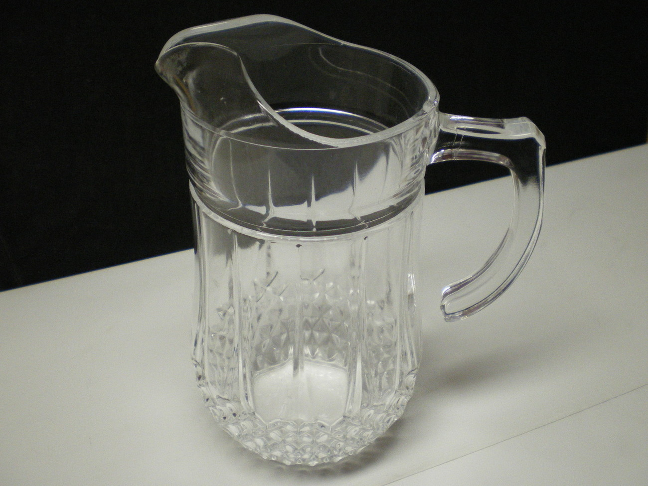 CRYSTAL D'ARQUES LONGCHAMP J. DURAND WATER PITCHER~~~hard to fine