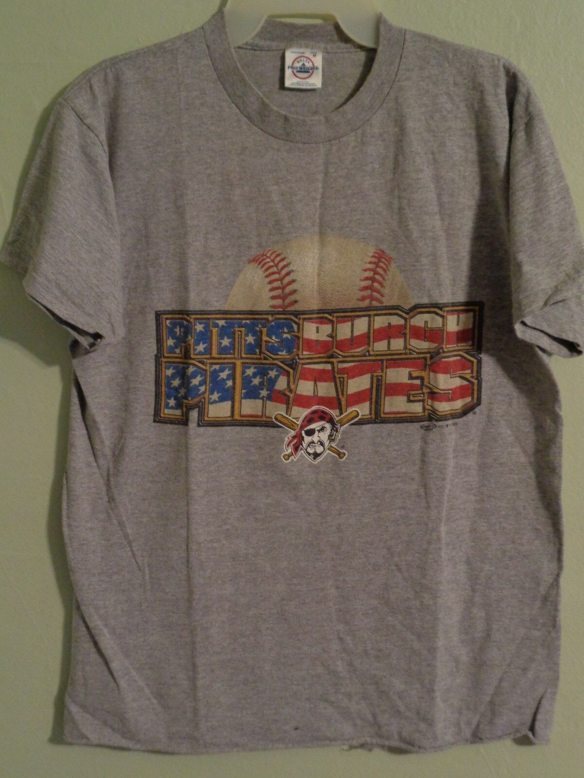 Primary image for Pittsburgh Pirates T Shirt Mens Medium Short Sleeve Gray Baseball 2002