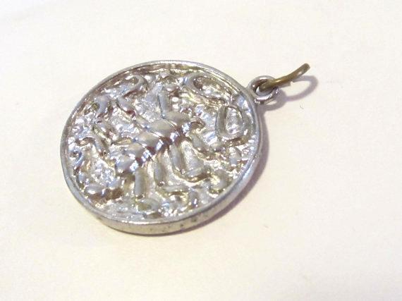 Vintage sterling silver Zodiac Scorpio Scorpion pendant