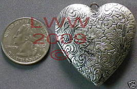 New Large Metal Heart Necklace Locket Pendant Charm - $6.99