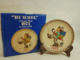 M.J. Hummel Annual Plate 1973 In Bas Relief  with original box FD488		 - $19.95