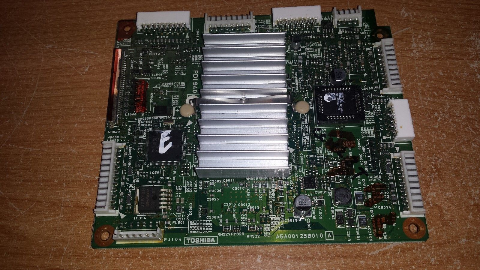 Toshiba 62HMX94 - Digital Board (A5A001258010A) **FREE SHIPPING**